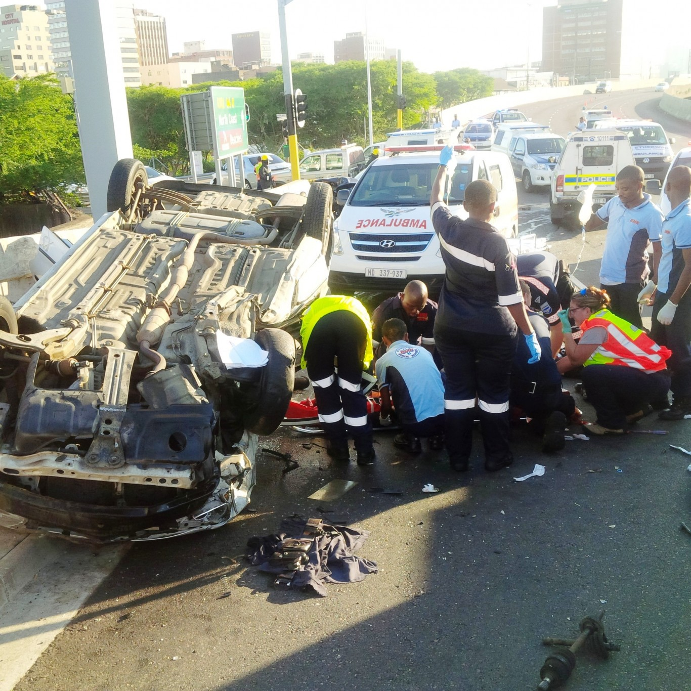 Early morning collision leaves 5 injured, 1 critical