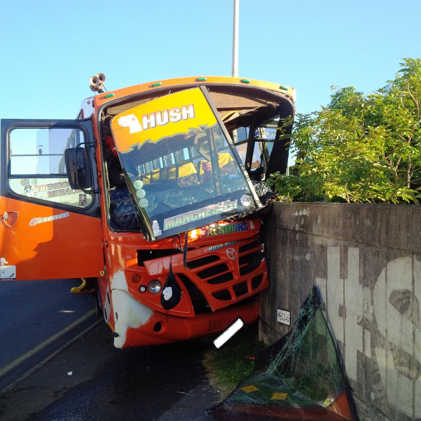 14 injured in Bus crash in Durban