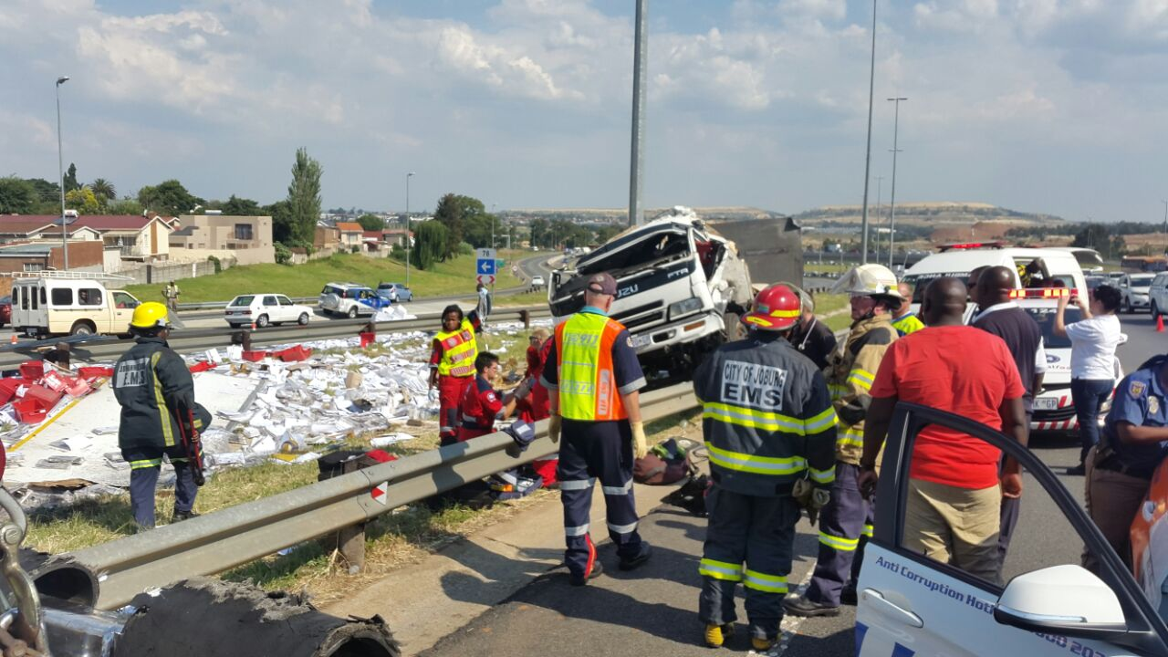 14 Injured in taxi rollover near Potchefstroom