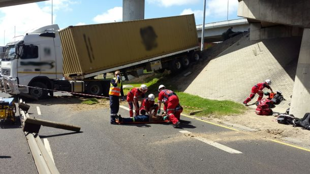 Pinetown car accident pictures - tony moclair guido hatzis ...