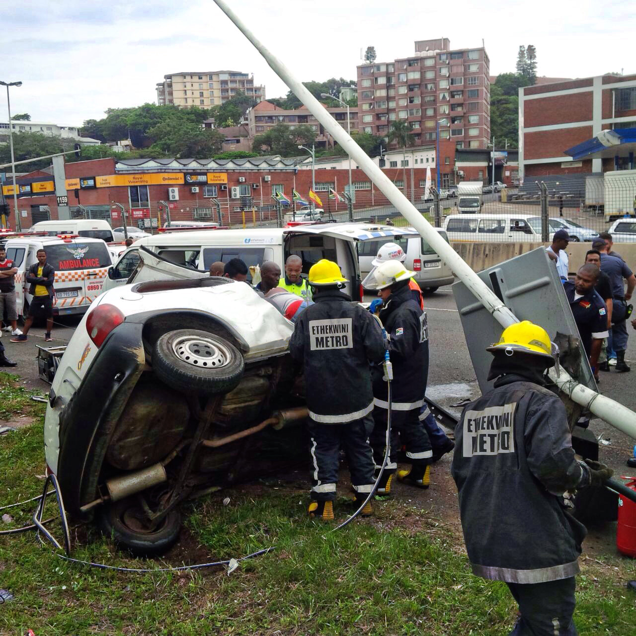 Four injured in collision at intersection at Umgeni Road