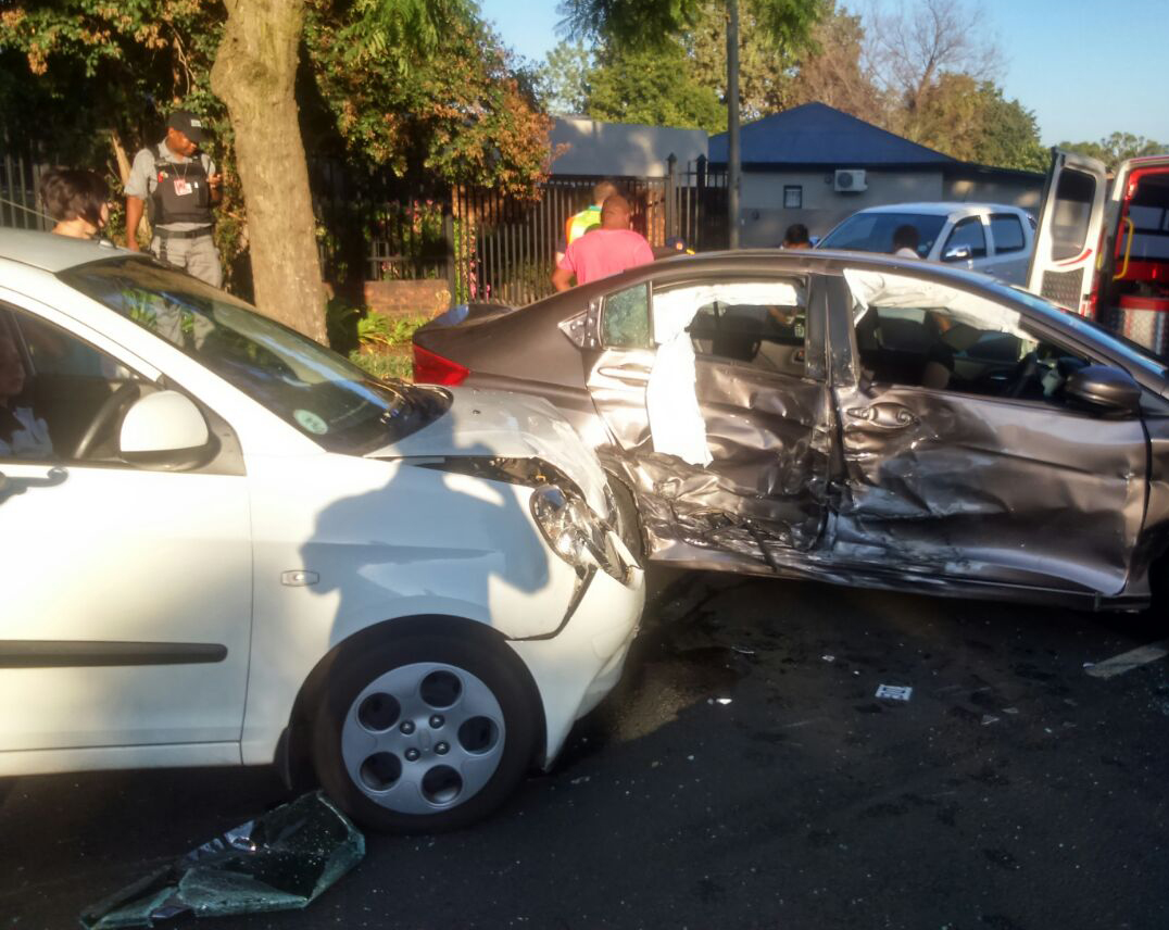 14 Injured in crash near Nkosi Mampuru Street in Arcadia