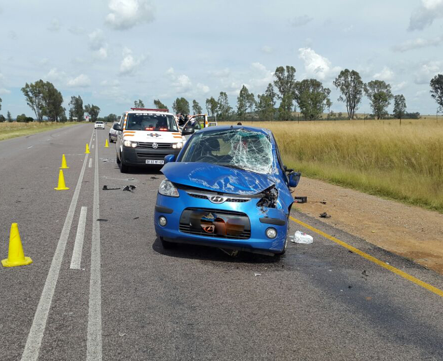 Vehicle rollover on the N12 near Potchefstroom leaves two injured
