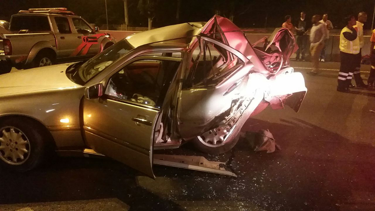 One person killed in seven car pile-up on N1