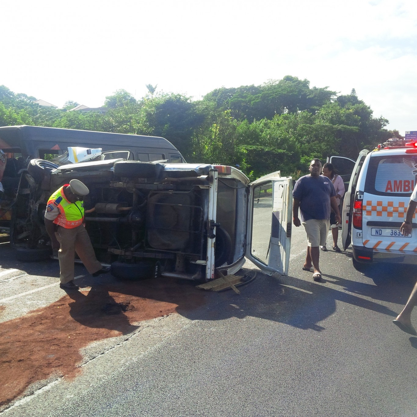 15 Hurt in taxi rollover in Durban
