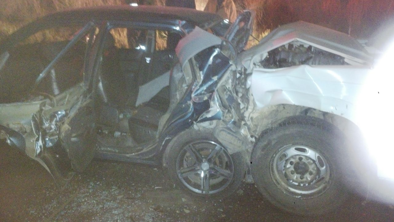 Two people entrapped after collision 15km from Bethlehem