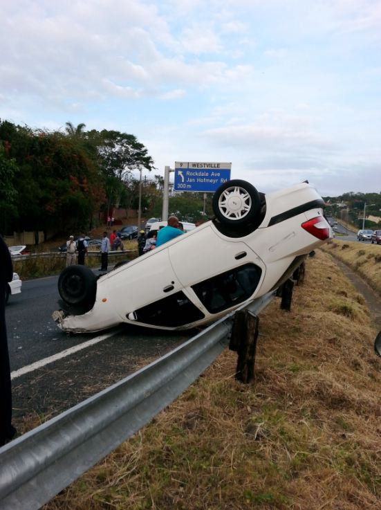 Four injured in collision at intersection of Rivonia and 12th Road