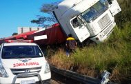 Driver injured in truck crash on the N3 Durban bound opposite the Pavilion