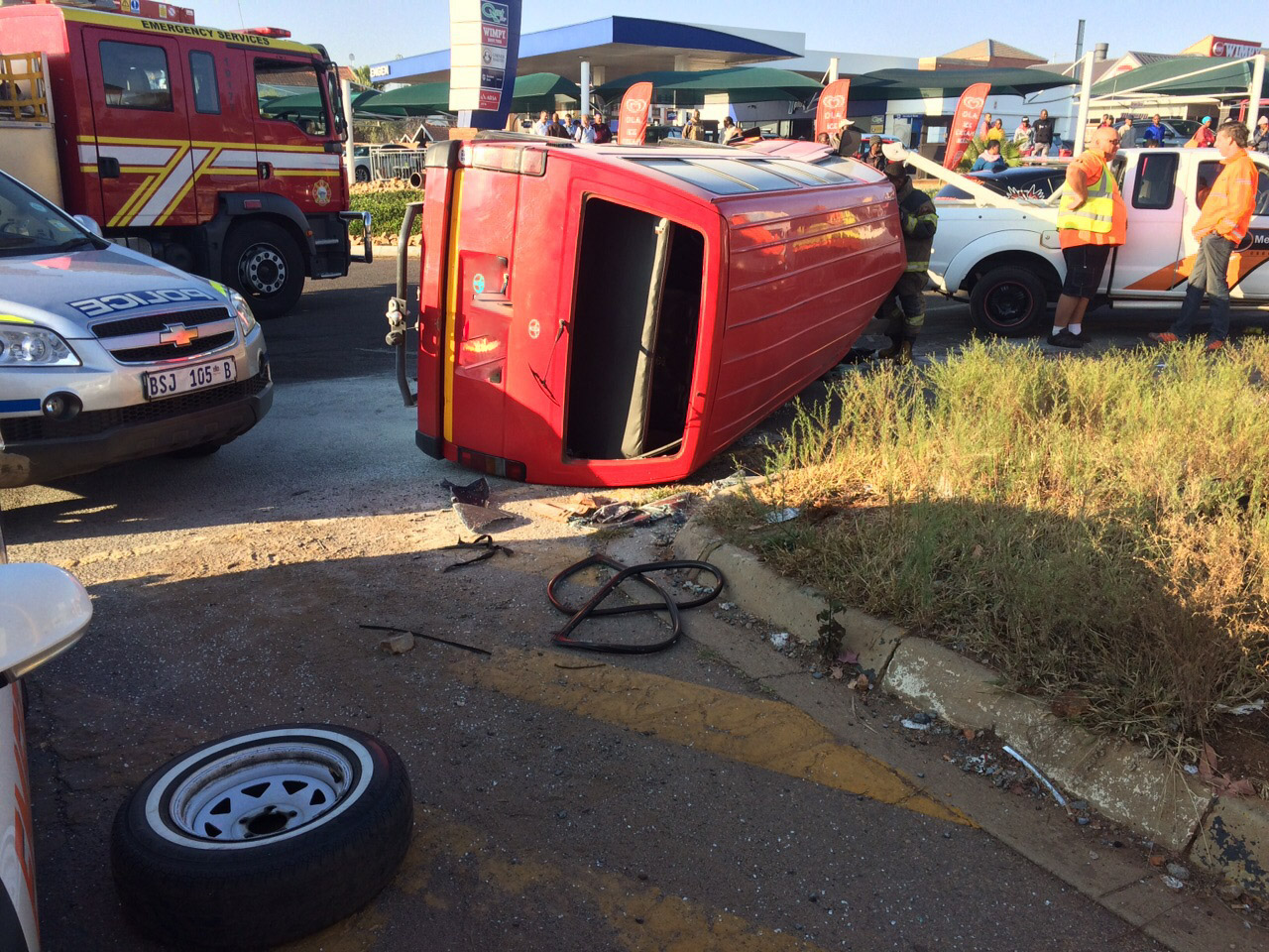 Centurion crash at intersection leaves sixteen people injured
