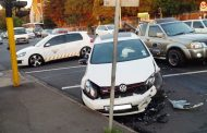 1 Injured in early morning collision at intersection in Umbilo