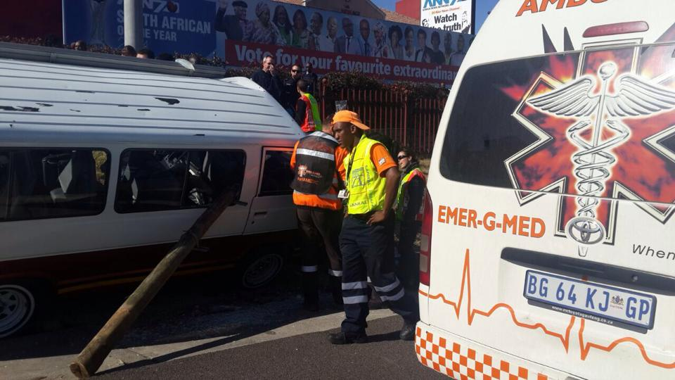 Raslouw accident leaves two injured
