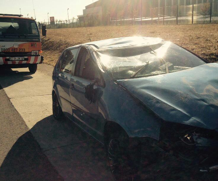 Driver suffers minor injuries in vehicle rollover on the M1 near Woodmead