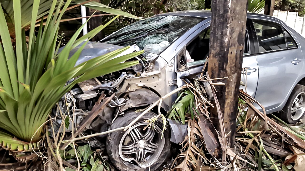 Two critical after head-on collision on Maraisburg road