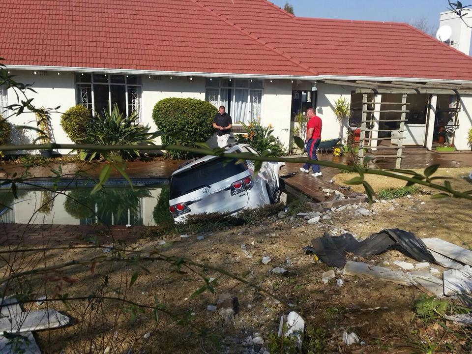 Car crashes into pool in road crash in Linden