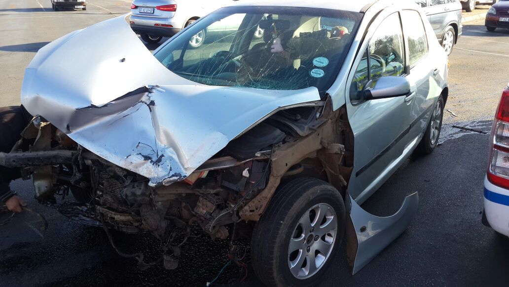 Four injured in collision on Paul Kruger Avenue in Bloemfontein