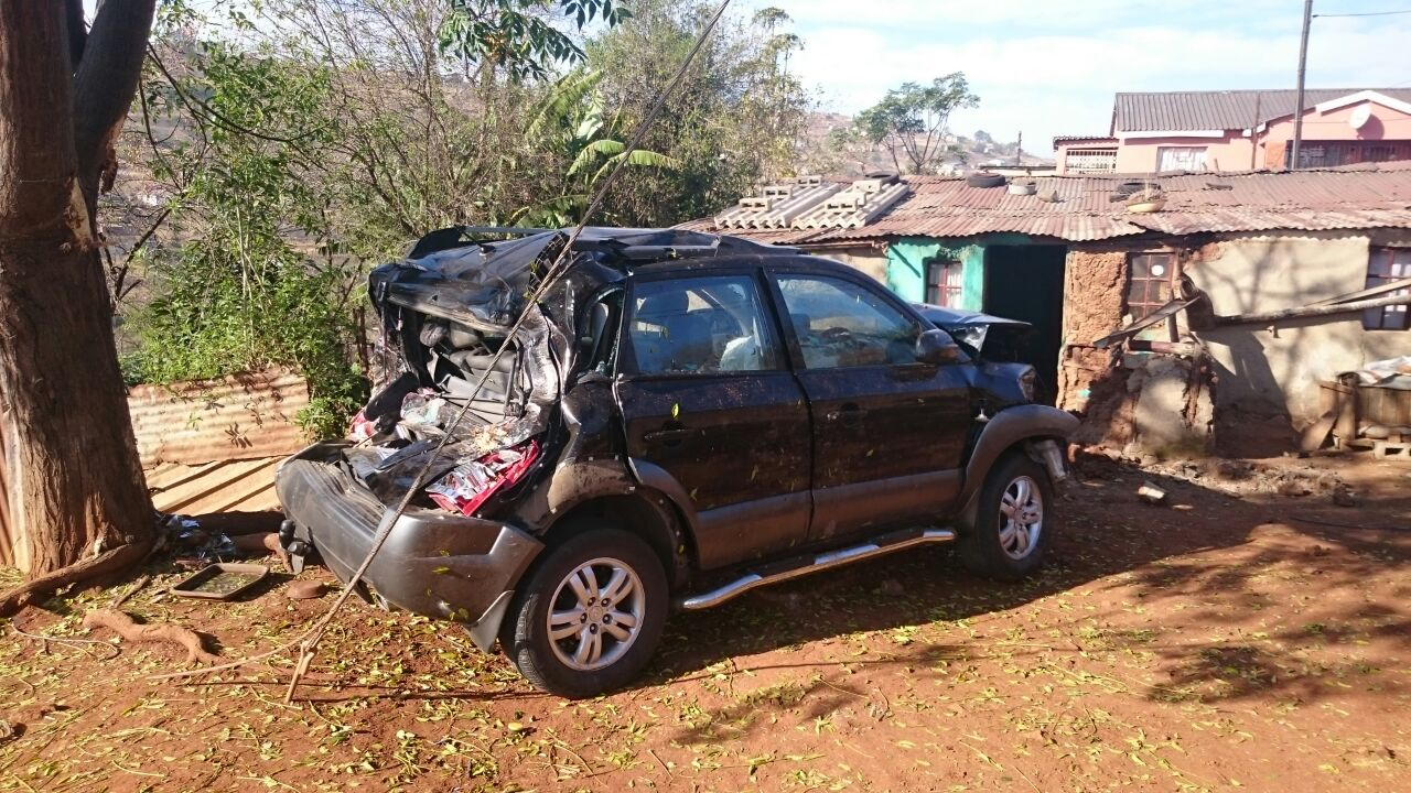 Vehicle crashes into house in Kwapata