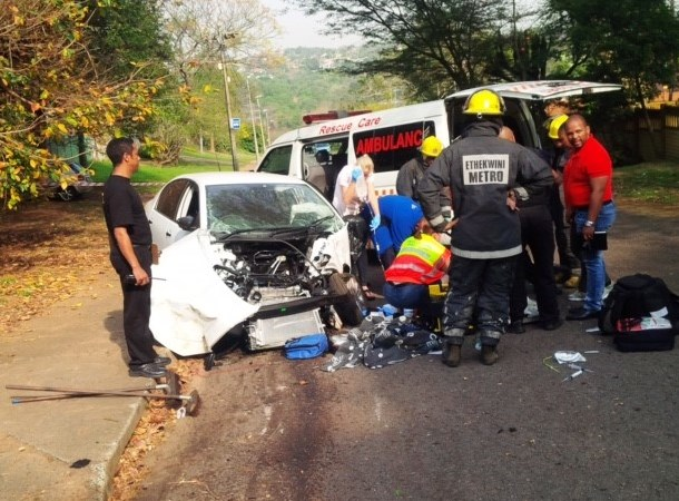 Driver critically injured in Glenwood crash
