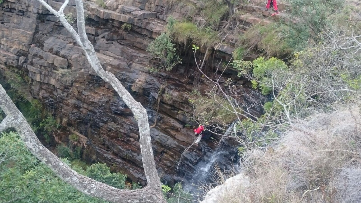 Man rescued from down a cliff in the Montebello area