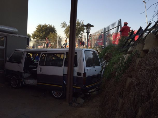 Cosmos City taxi collides with building, injuring 15