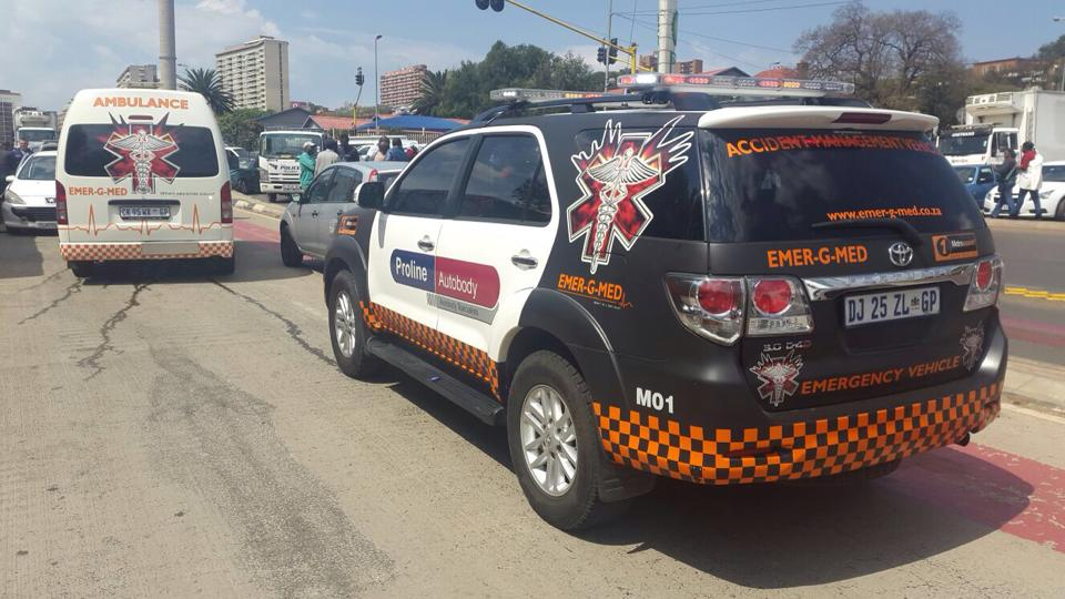 Three injured in mutiple vehicle collision after attempt at getaway in Parktown