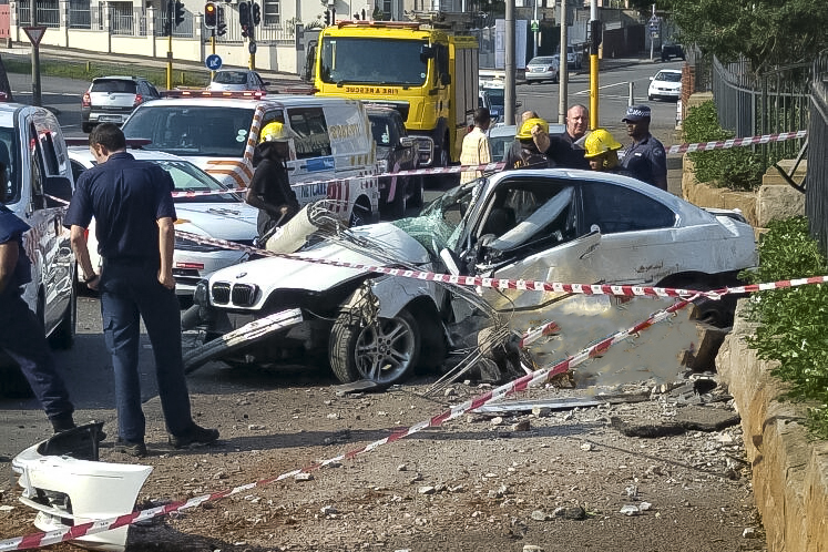 Durban Nicholson Road crash leaves one dead