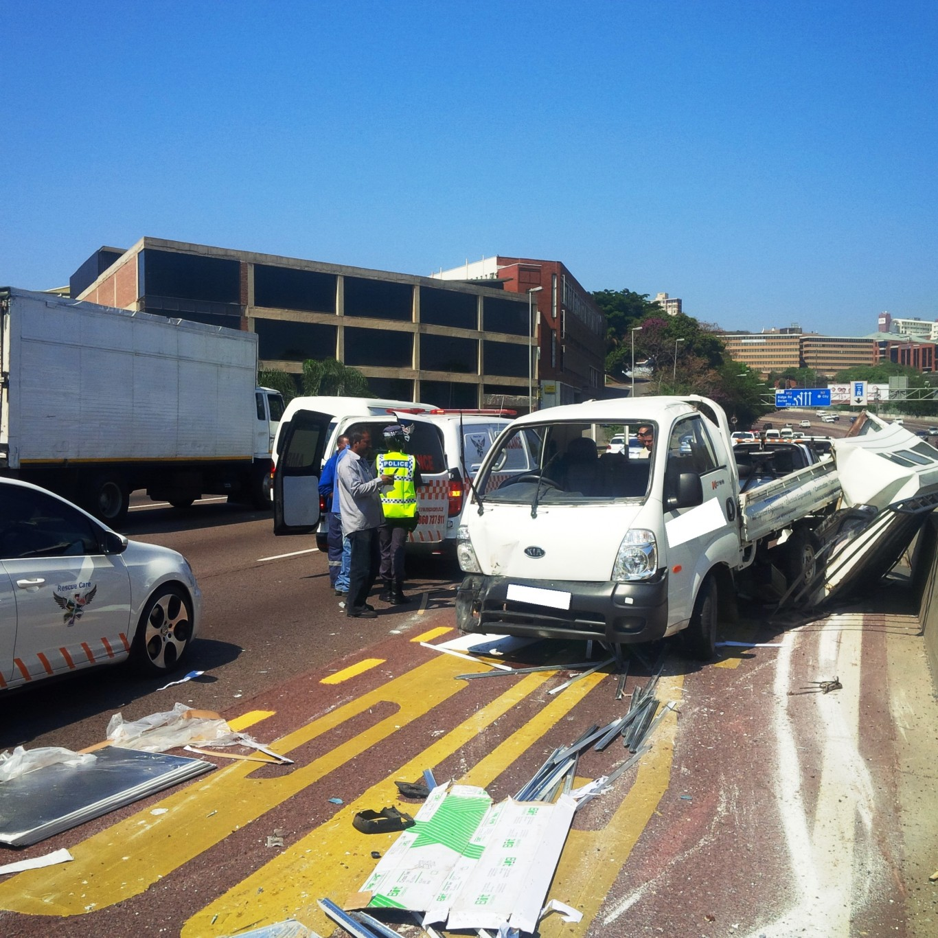 3 injured in vehicle rollover on the N3 East Bound near Brickfield