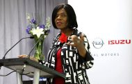 Public Protector Encourages Workplace Diversity at the GMSA Struandale plant