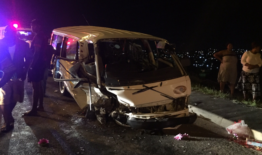 Children injured as taxi crashes, Kwamashu