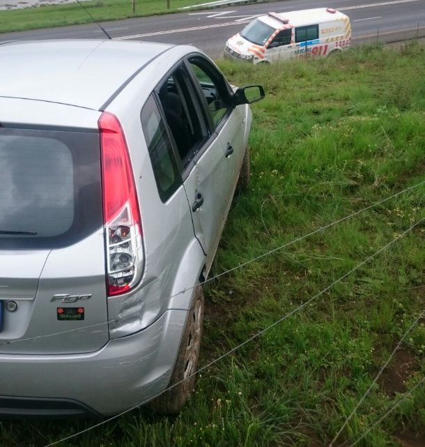 Harrismith woman suffers minor injuries after losing control of vehicle