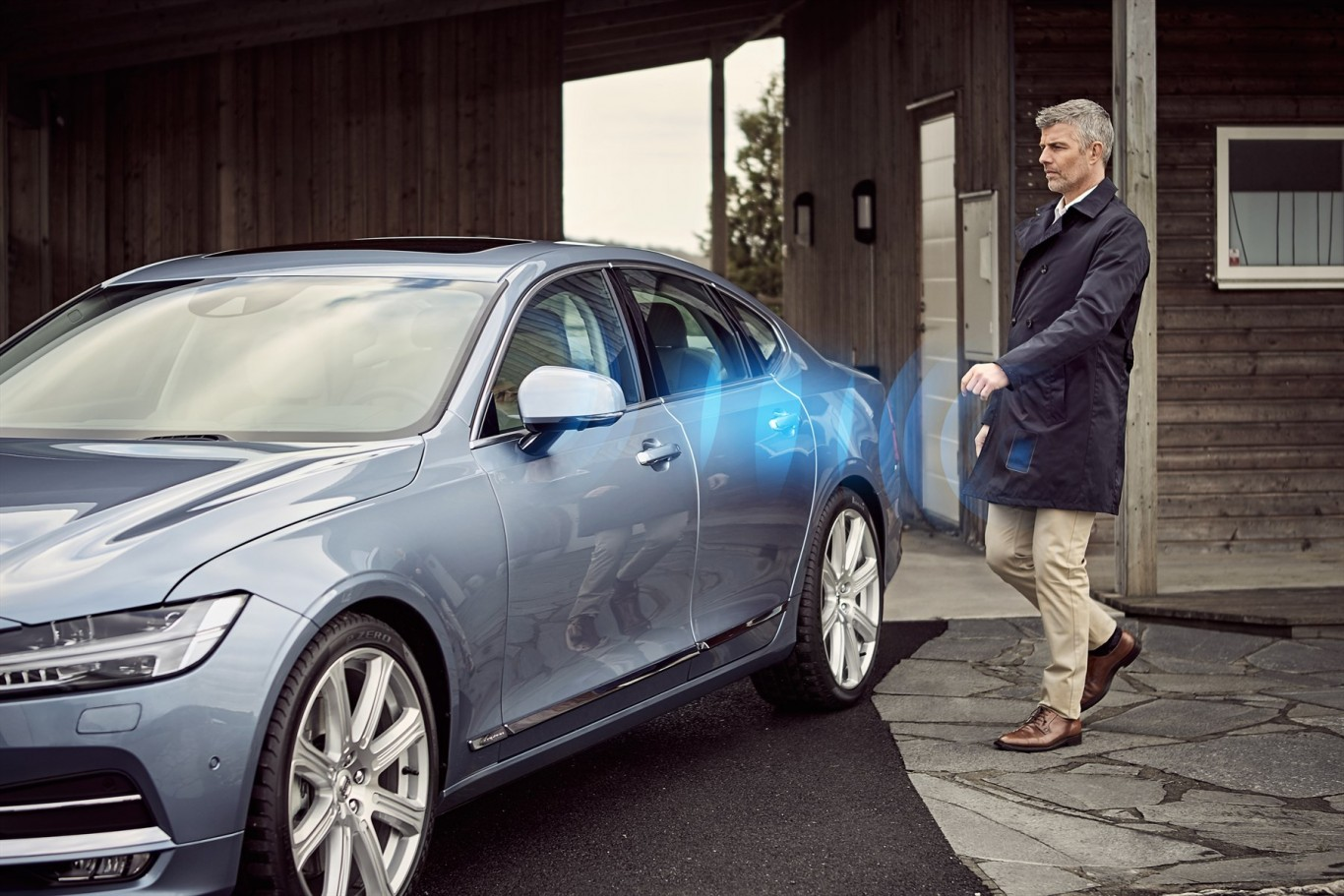 Volvo Cars - the first manufacturer to launch a car without a key