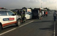 One injured in 4-car pile-up on the corners of Malibongwe and Witkoppen, in Northriding