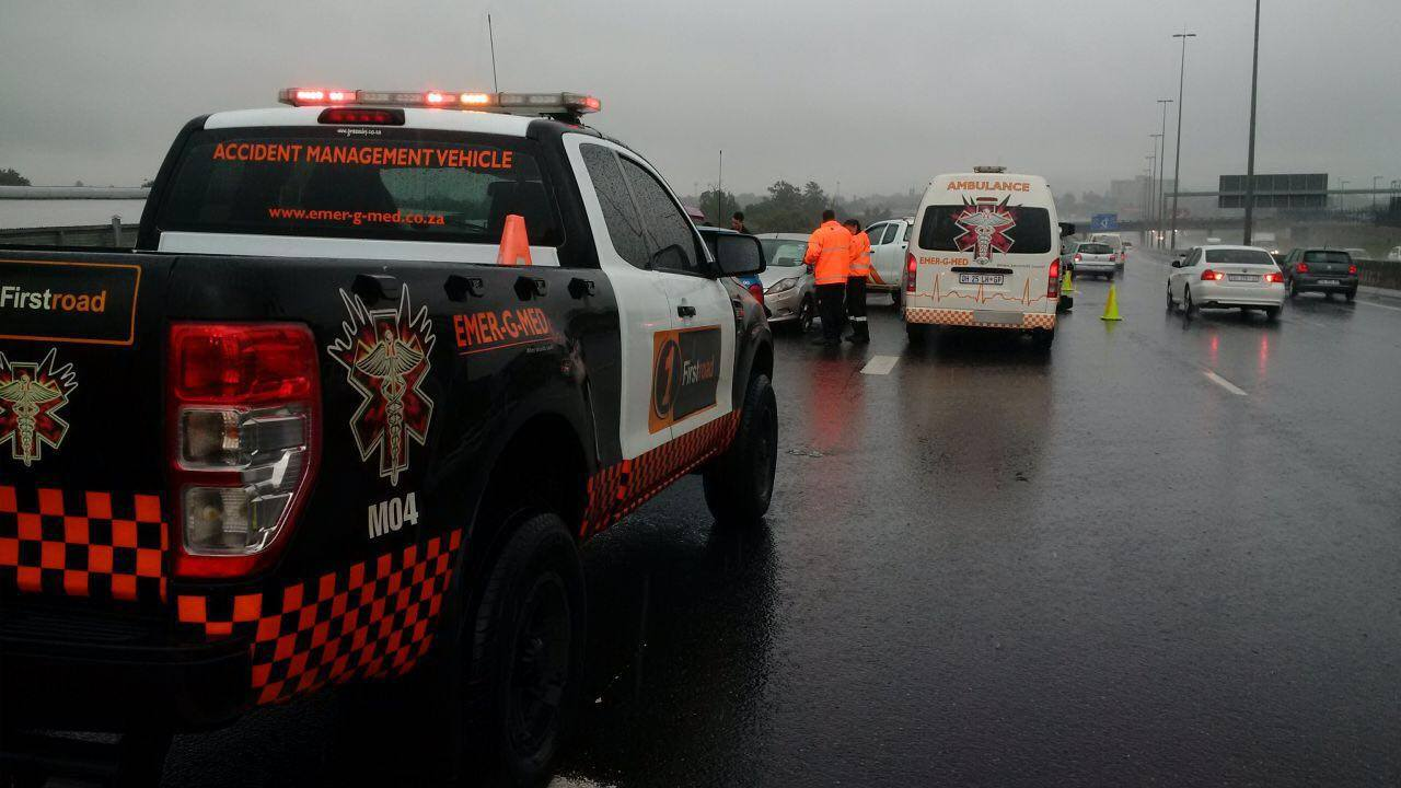 Rollover crash in wet weather on the N12 West after the Edenvale offramp