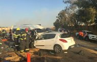 Two taxis and car collided on R55 between Maxwell Drive and Shakespeare Road, Waterfall