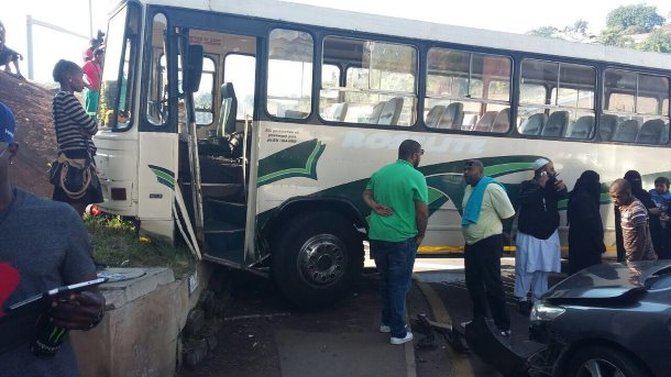 At least 9 after bus collides with two cars in Glen Anil Durban (2)