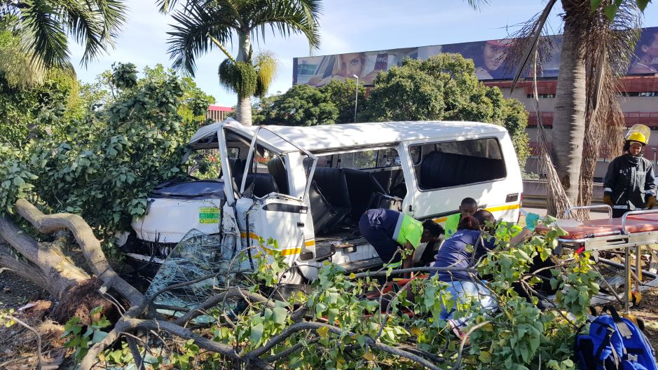 19 Injured in taxi crash in Durban
