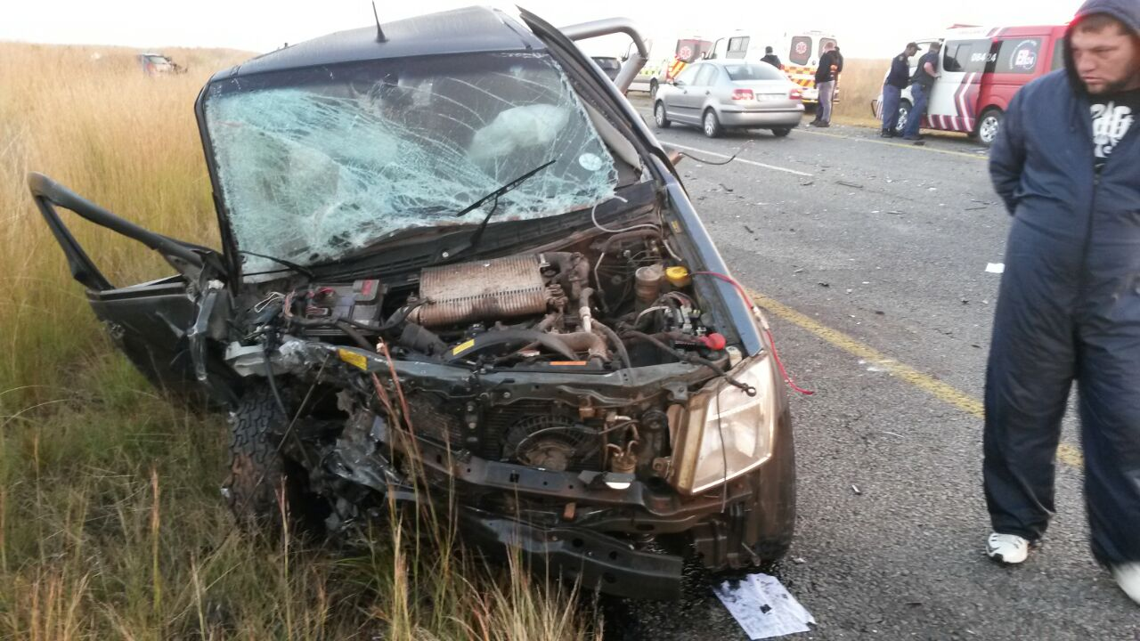 Three vehicle collision leaves two dead and two injured (2)