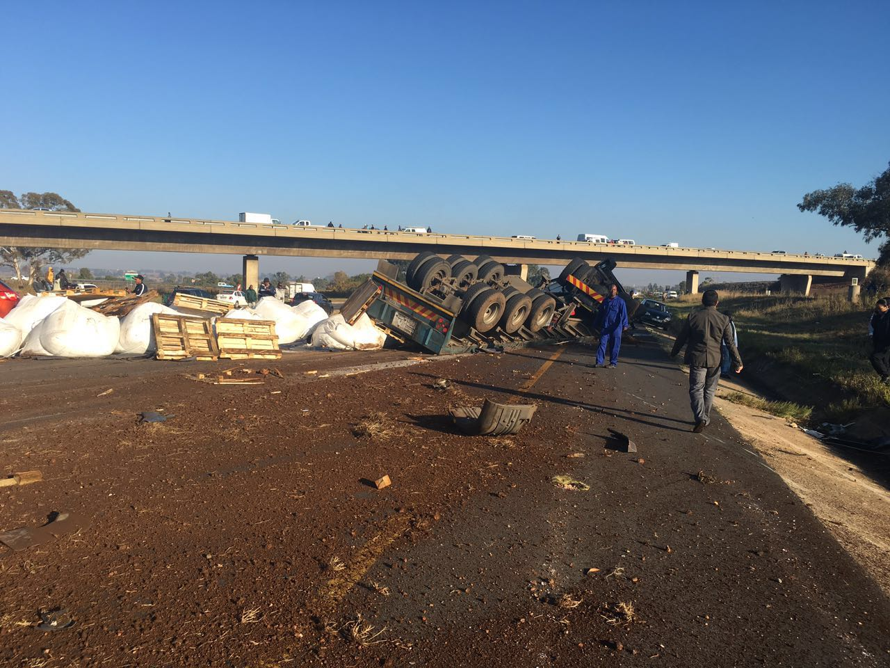 Multiple vehicle collision leaves two injured, Lenasia
