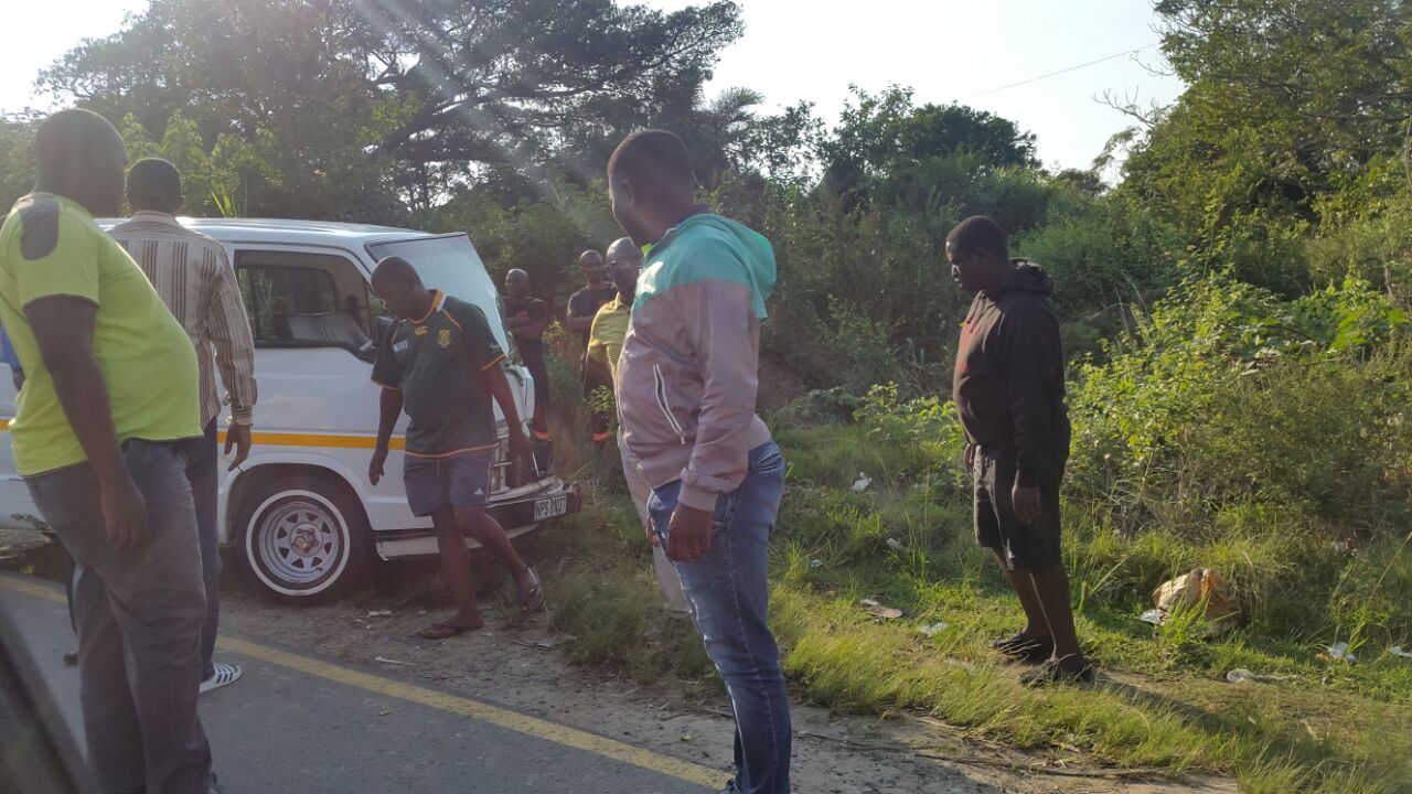 Three injured in taxi collision in Port Shepstone