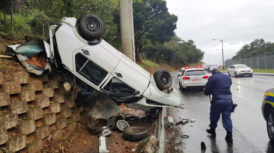 Driver critically injured in crash in Umbilo