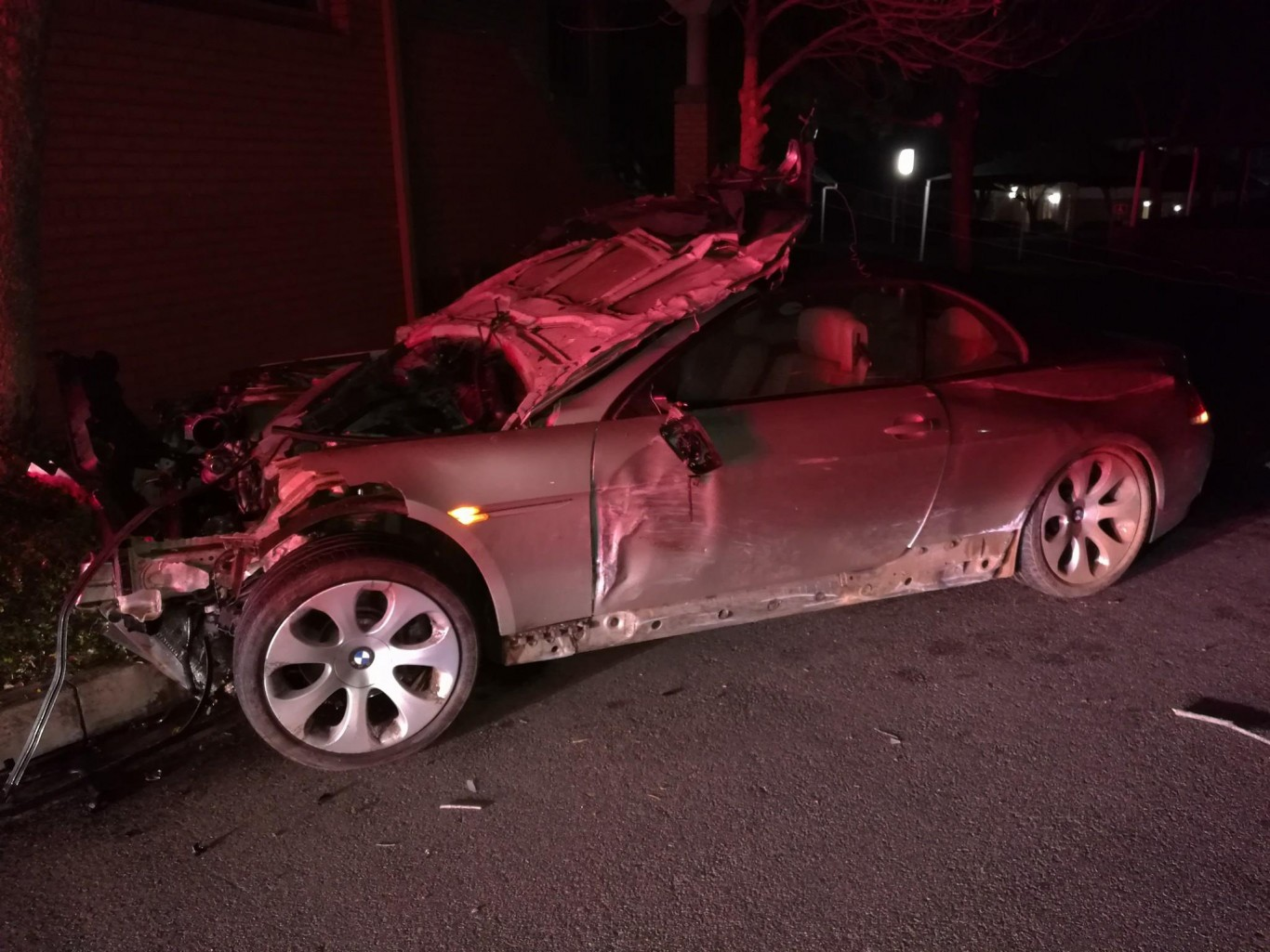 Occupants fortunate to escape serious injury in high speed crash, Woodmead
