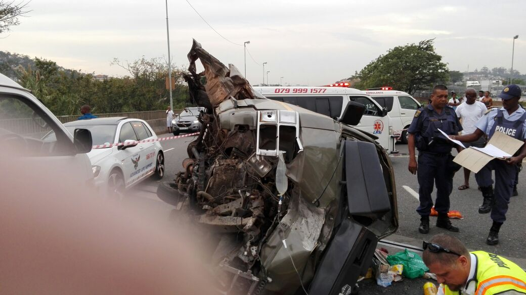 Photos from taxi collision in Beverley Hills, Westville, Kwa-Zulu Natal