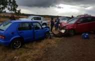 Six women injured in head on collision about 15km from Potchefstroom