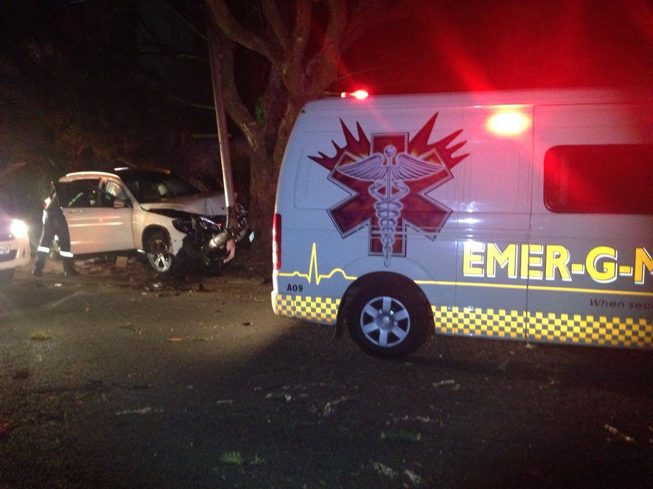 One injured as vehicle crashes into a street light and tree in Melrose