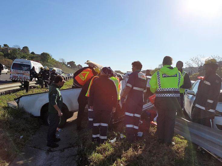 8 Injured in roll over crash