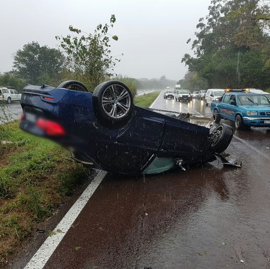 3 People injured in 2 separate crashes on the M7