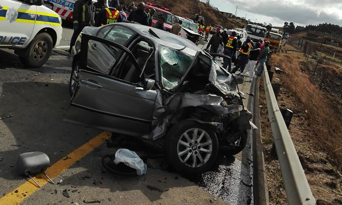 Four killed, two injured in R617 Boston collision