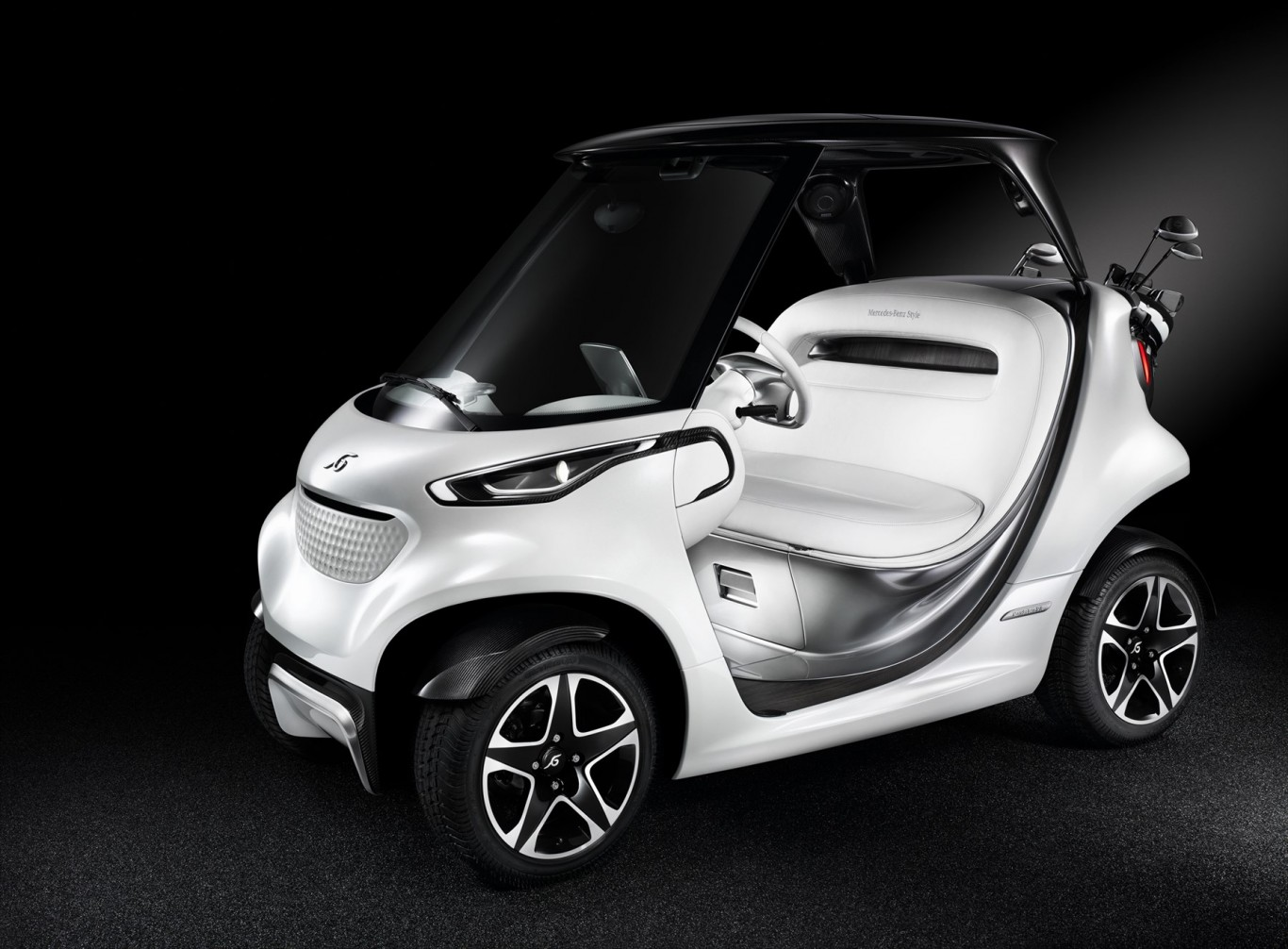 Mercedes-Benz Style Edition Garia Golf Car defines a new class of transport