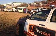 Taxi in collision on the corner of Modderfontein and Laurie, in Illiondale.