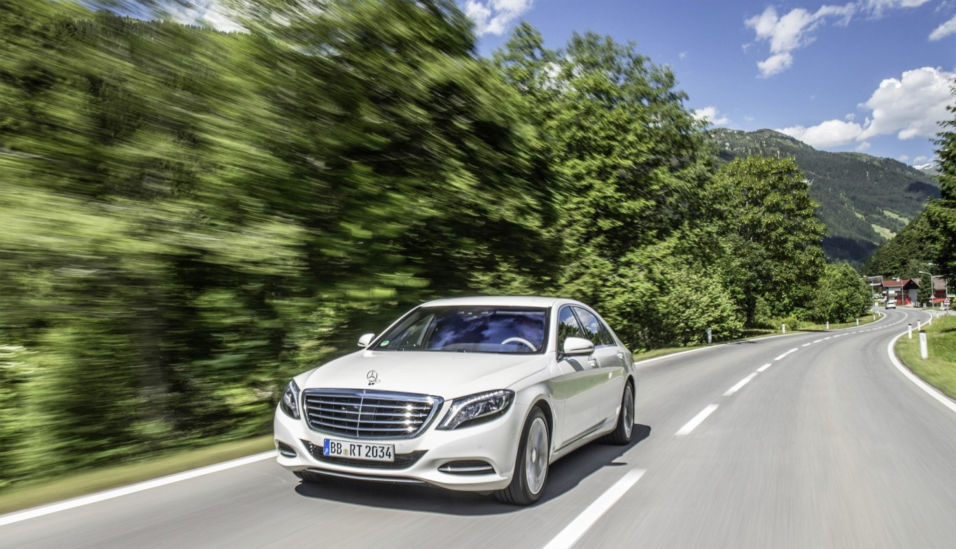 Mercedes-AMG Performance Tour and Mercedes-Benz Stars at the Festival of Motoring