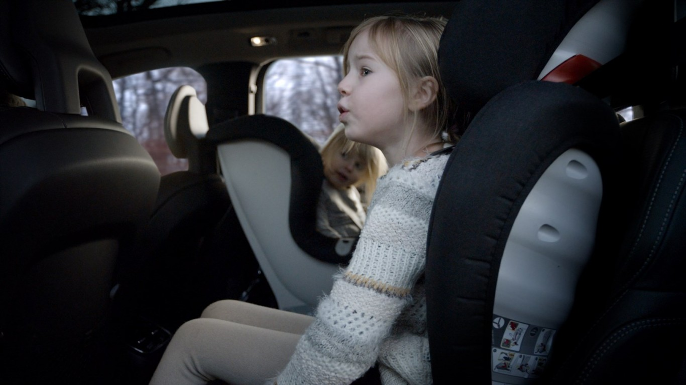 Volvo Car South Africa supports #CarseatFullstop initiative